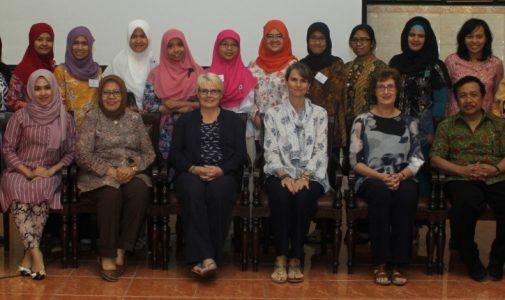 COOPERATION INFORMATION STUDY PROGRAM FOR EDUCATIONAL BIDAN FK UNAIR WITH THE UNIVERSITY OF NOTTINGHAM, UNITED KINGDOM